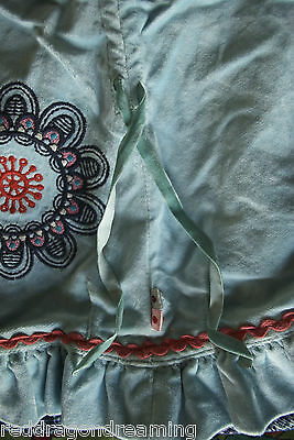 NEW - Oilily Skirt -  AGE 4 years - embroidery on warm velvet cotton NEW 3