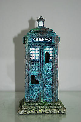 Stunning Large Aquarium Old London Police Box 12 x 12 x 25 cms For Aquariums 4