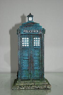 Stunning Large Aquarium Old London Police Box 12 x 12 x 25 cms For Aquariums 3