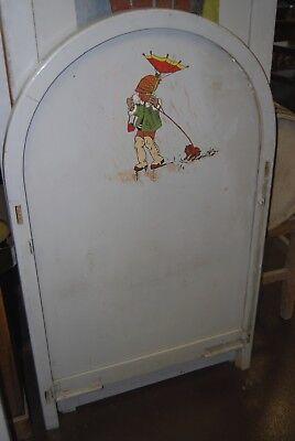 Lit bébé vintage années 50. ( Peinture d'enfants et animaux burlesques ) 4