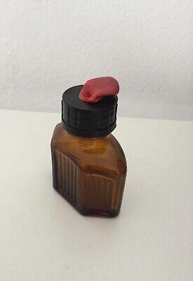drei kleine braune Glasflaschen Vintage Retro 5