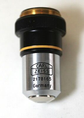 A set of Zeiss microscope accessories.
