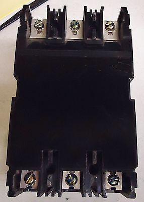 Fuji Electric Bu-Esb3030 30 Amp Circuit Breaker 40 Deg. C. 600V Ac 3 Pole 3