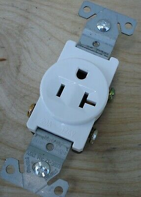 10pcs Single Round Receptacle 20 Amp 20A 125V AC Outlet 2 Pole 3 Wire or 15A LOT 3