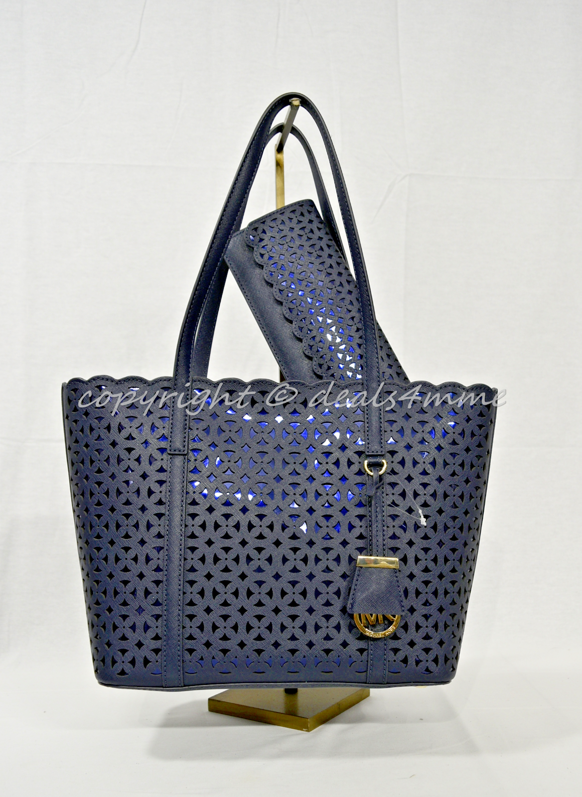 9c8ce8a73094 NWT Michael Kors Desi Small Leather Travel Tote OR Michael Kors Desi Flat  Wallet 3 3 of 3 See More