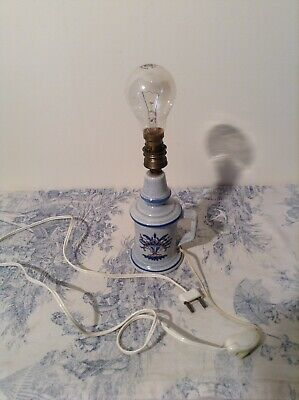 Vintage French Pigeon Style Porcelain Table Lamp (3821) 6
