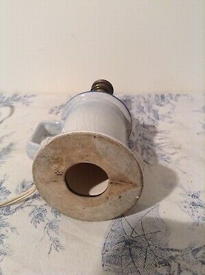 Vintage French Pigeon Style Porcelain Table Lamp (3821) 11