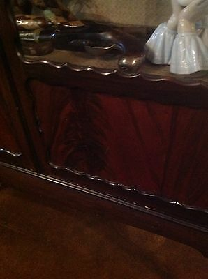 Flamed Mahogany Victorian Display Cabinet Queen Ann Legs 5
