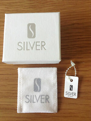 Sterling Silver Hand of Fatima Design Earrings for Piered Ears BNWT/Boxed 2