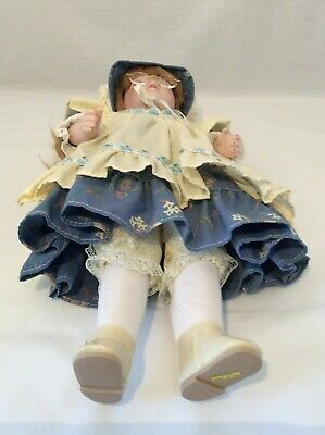 "Vintage CHSN La Collection Artisan 1990 ANNIE LAURIE 14"" doll limited edition 8"