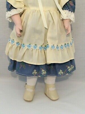 "Vintage CHSN La Collection Artisan 1990 ANNIE LAURIE 14"" doll limited edition 4"