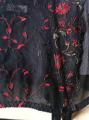 Korsage 70 C aufwendige Blumenstrickerei,geformte Körbchen, Farbe, schwarz 5