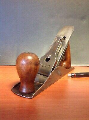Cepillo de carpintero antiguo 2