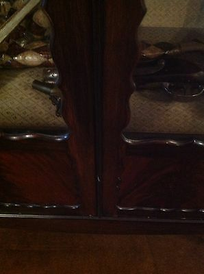 Flamed Mahogany Victorian Display Cabinet Queen Ann Legs 4