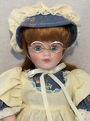 "Vintage CHSN La Collection Artisan 1990 ANNIE LAURIE 14"" doll limited edition 2"