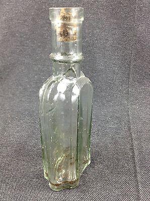 Glasflasche Flasche C. Lück Colberg Prägeflasche Schutzmarke Apothekerflasche