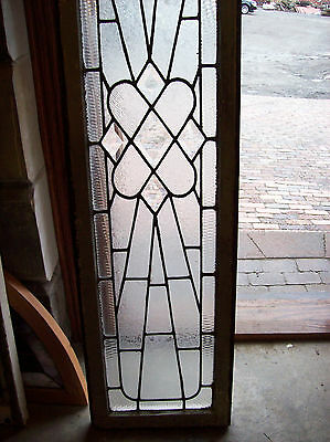 Textured glass window outburst with bevel center pieces (SG 1138) 3