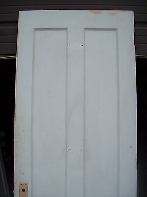 Single painted vertical panel door     (D j) 6