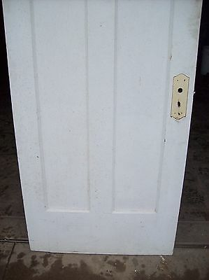 Single painted vertical panel door     (D j) 3