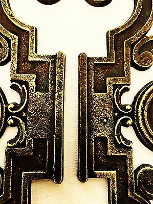 Mid Century Modern French Provincial hardware antique drawer pull Cabinet Knob 9