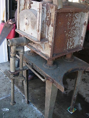 Vintage Heat Treat Furnace From A Tool And Die Shop (Used) - Natural Gas 3