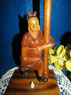 """Vtg Hand Carved Wood Women W Rolling Pin On A Metal Lamp Post Top Table Lamp 19"""" 9"""