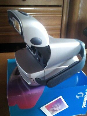 Polaroid 600 CL Sofortbildkamera in OVP mit eingebauten Blitz in Silber fast neu