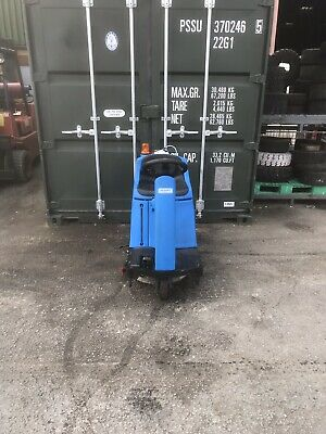 Ride On Scrubber Dryer Floor Cleaning Cleanfix RA535 IBCT 3