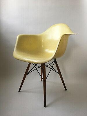 All original 1. Generation Zenith Rope Edge Eames Herman Miller Fiberglass Chair 2
