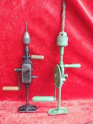 4 alte Werkzeuge__3 Handbohrer und ein Hammer_! 2