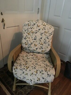 Antique wicker chair 5