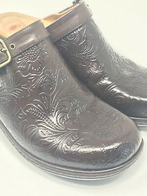 NURTURE WOMENS MULESCLOGS Shoes Size 8 M Dark Brown Leather