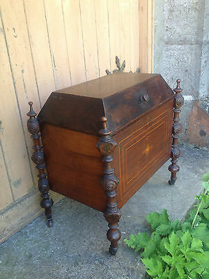 Antique Early 19th Century Inlaid Mahogany Sarcophagus Shaped Wine Cellarette 6