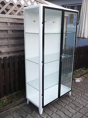 """ORIGINAL zweitüriger Arztschrank Metallvitrine Industrie Design  Möbel """"4"""""""