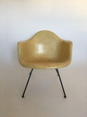 All original 1. Generation Zenith Eames Miller Rope Edge Fiberglass Lounge Chair 4