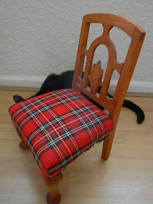 Vintage Miniature Chair In Lovely Condition 7