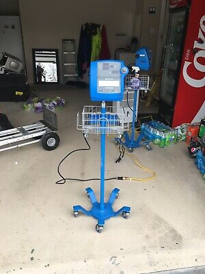 Dinamap Pro  100 And 300V2 With Stand 8