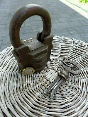 Antique Large Padlock With One Working Key Unique Made in Russia 27-01 5
