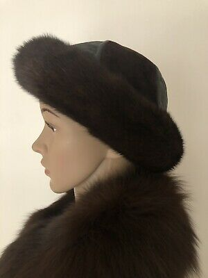 Mitchies Matchings Women's Leather Hat With Real Fur Trim EUC 2