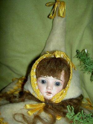 Charming antique German, Victorian era bisque doll shoulderhead sewing accessory 10