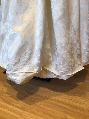 Pretty Vintage 1950s Bridal Wedding Dress with Bustle Off White Damask 8 10 12