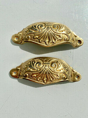 4 engraved cast shell shape pulls handles solid brass vintage POLISHED drawer 7