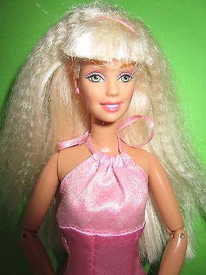 B493-Blonde Barbie Mattel 1998 Neckholder-Kleid Mit Label Bewegliche Ellenbogen 3
