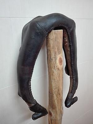 Antigua Collera de piel para mula, yugo o collaron. Decoracion rustica o rural. 2