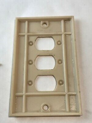 1 Cream Vtg Bakelite Ribbed Deco Single Gang P&S Despard Line Plate Cover 4