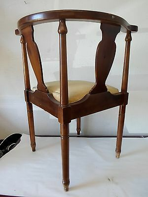 """Antique Vintage Corner Chair by Lane Earl's Court Collection 31""""H x  26""""W 3"""