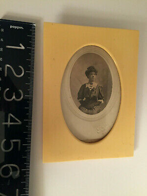 """ANTIQUE L19th-E 20th c Celluloid """"Ivory color"""" PHOTO FRAME+ 19thc Lady w/gloves 3"""