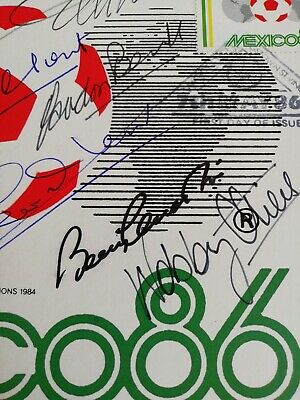 Mexico 86 postal card Autographed By All The 1966 Winning Team. 4