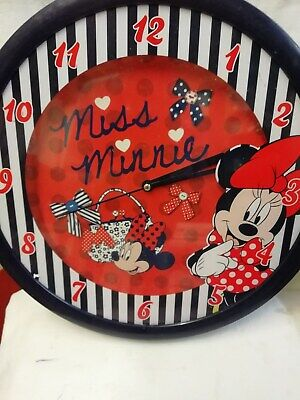 (620) Large Round W All Clock With Quartz Movement& Miss Minnie Mouse (Disney) 4