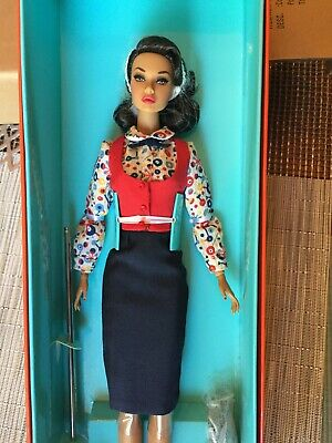 Fashion Royalty Co-ed Cutie Poppy Parker The City Sweetheart Collection NRFB 4